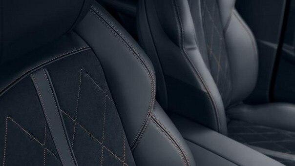 Nueva berlina PEUGEOT 508: asientos de conductor y de pasajero envolventes con homologación AGR