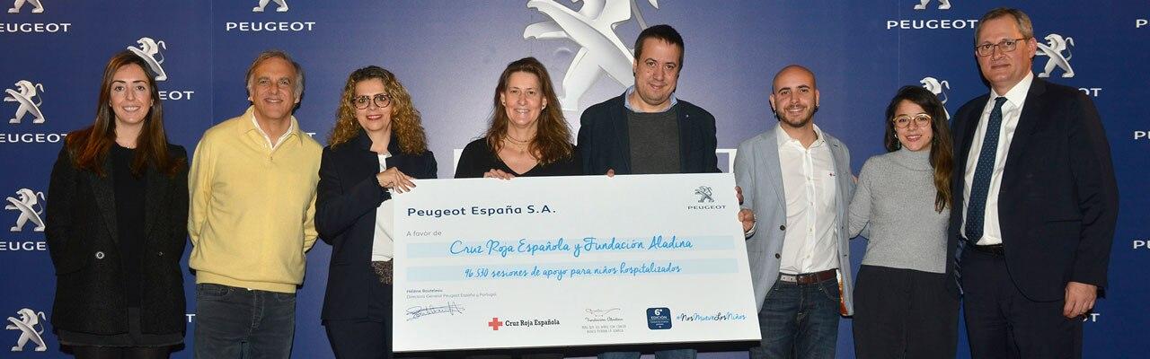 Acción solidaria navideña Peugeot