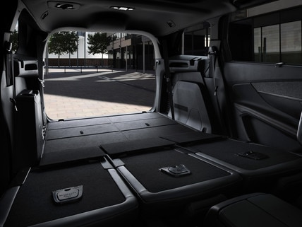 Nuevo SUV PEUGEOT 5008 GT Line: Maletero de gran volumen