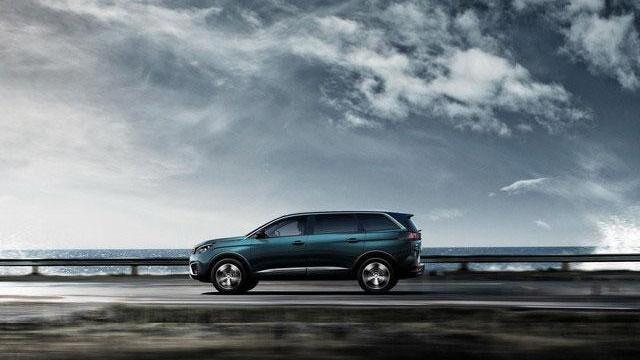 Nuevo SUV Peugeot 5008 Nueva Dimensión oferta