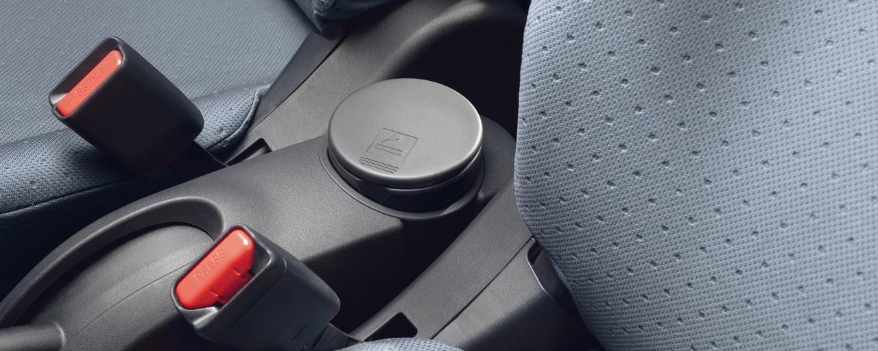 /image/10/9/peugeot-ion-ceintures_de_securite-full.23109.jpg