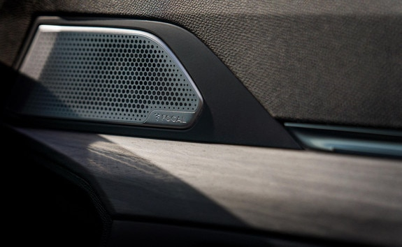 Nuevo 508 PEUGEOT SPORT ENGINEERED: sistema de sonido Hi-Fi Premium de Focal®