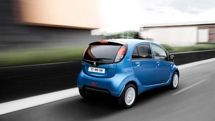 Peugeot iOn coche pequeño eléctrico - Fotos y vídeos