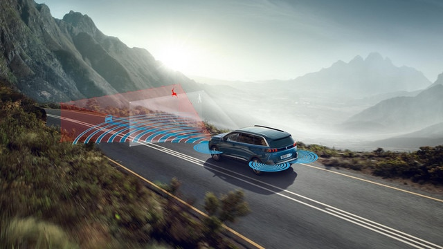 Nuevo gran SUV PEUGEOT 5008 con hasta 7plazas y numerosos equipos tecnológicos