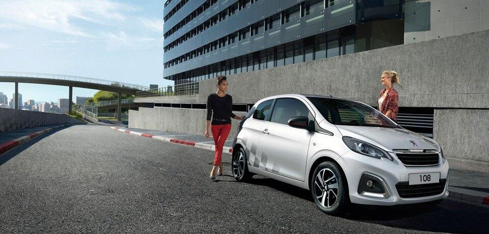 Coche deportivo urbano Peugeot 108 sport