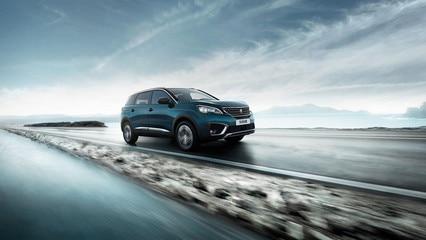 Nuevo SUV Peugeot 5008 diseño tecnológico