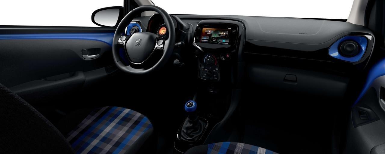 Peugeot 108 Interior Azul
