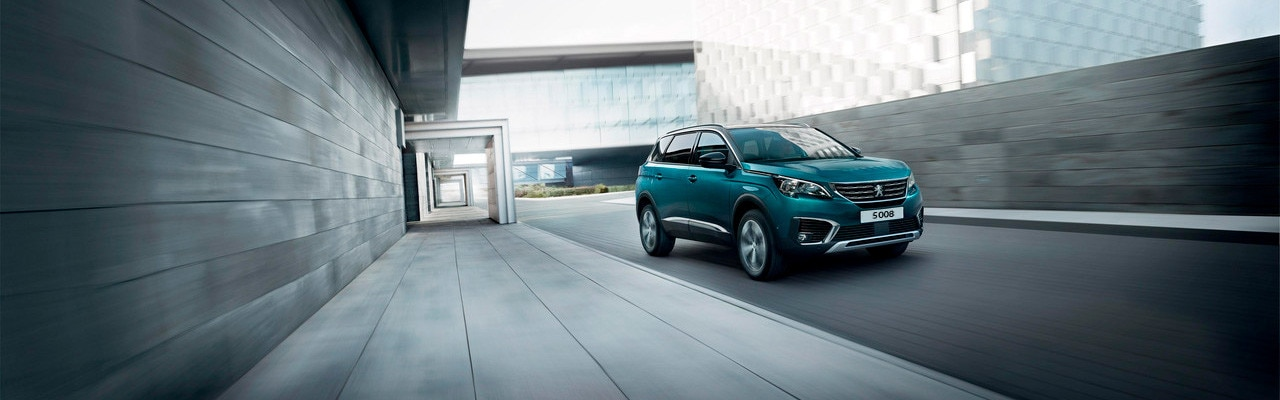 coche-familiar-peugeot-5008-SUV