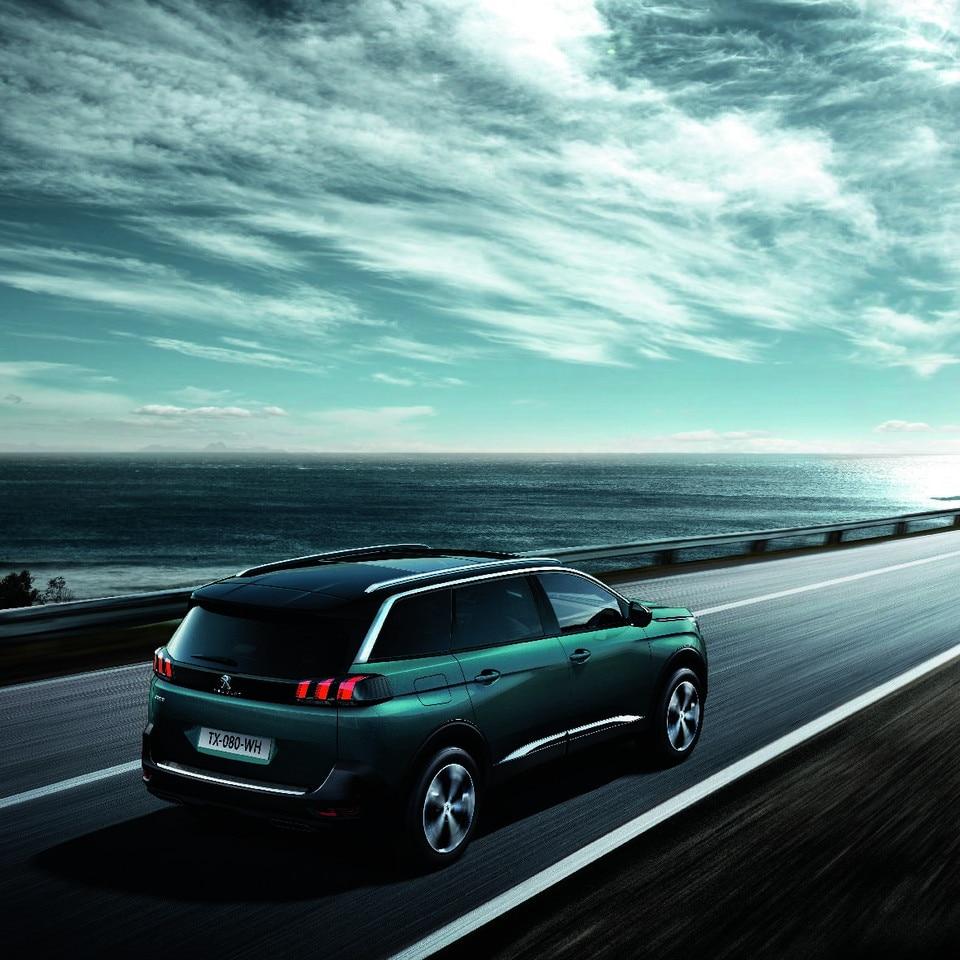 Nuevo SUV PEUGEOT 5008: Movilidad eficiente y responsable