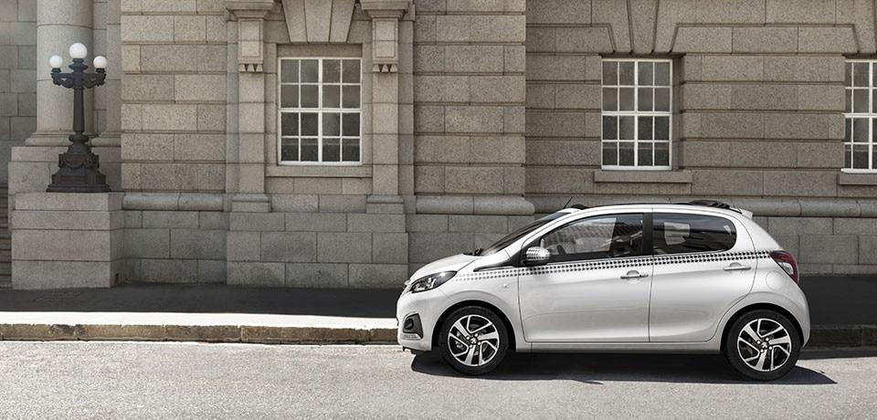 Peugeot 108 coche urbano chic sport