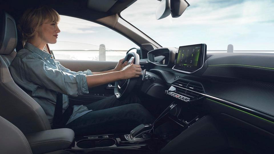NUEVO PEUGEOT 208 – NUEVO PEUGEOT i-Cockpit® 3D  con nueva caja de cambios automática EAT8