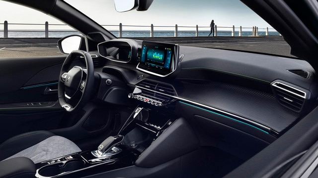 NEW PEUGEOT 208 ELECTRIC – New PEUGEOT i-cockpit® 3D