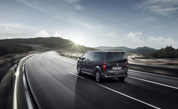 Nuevo PEUGEOT e-Traveller – 3 modos de conduccion