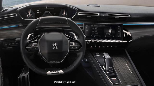 Nuevo break PEUGEOT 508 SW, PEUGEOT i-Cockpit, Head-up display y volante compacto