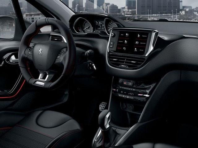 Peugeot 208: puesto de conducción i-Cockpit