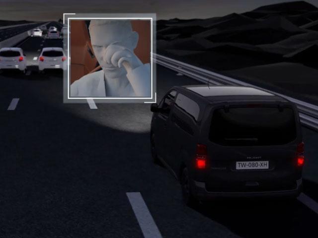 Alerta activa estado de atención del conductor