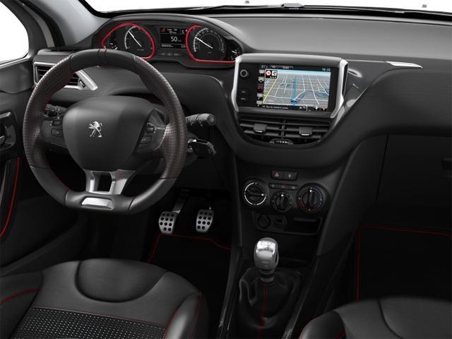 Ecran tactile capacitif 7 pouces et navigation 3D connectée – SUV PEUGEOT 2008 Black Pack +