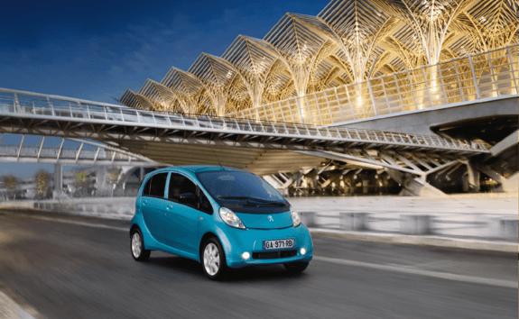 Mantenimiento de los neumáticos en los coches eléctricos