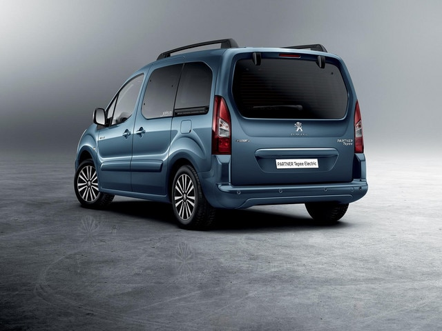 /image/88/1/peugeot-partnerelectric-homepage-04.166881.jpg