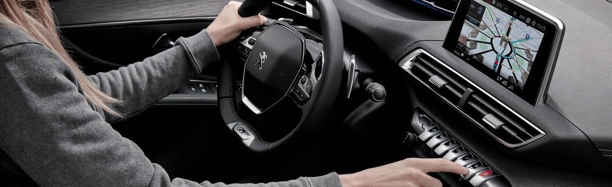 Conducir un Peugeot es una experiencia única que activará tus sentidos.