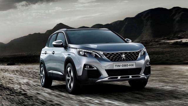 SUV de Peugeot 3008 Crossway, cómoda en la ciudad,  fuera de los caminos gracias al Advanced Grip (Control de Adherencia Avanzado), que es un equipo estándar.