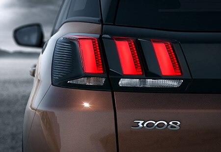 Peugeot-3008-suv-back